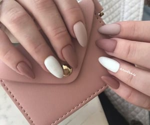 perfect almond nails image