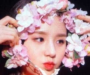 heejin and jeon heejin image