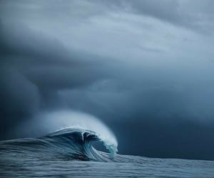 nature and ocean earth waves image