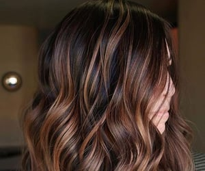 auburn, wavy, and brown image