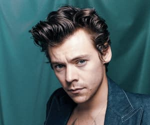 Harry Styles, kiss, and love image