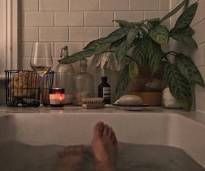 aesthetic, bath, and candle image