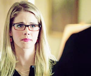 felicity smoak, arrow, and emily bett rickards image