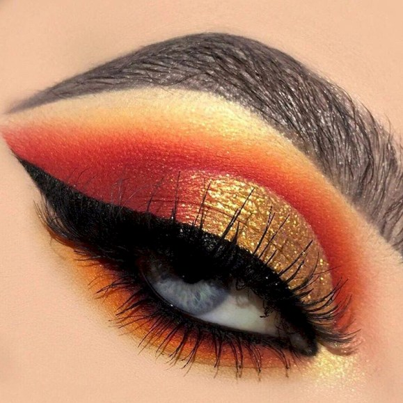 Magical Eye Makeup Idea You Can Do At