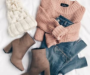 aesthetic, clothes, and sweaters image