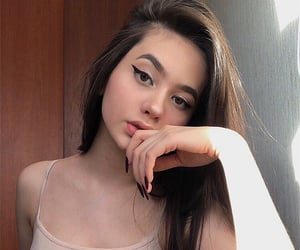 girl, pretty, and instagram image