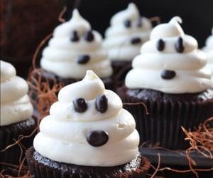 Halloween, cupcake, and dessert image