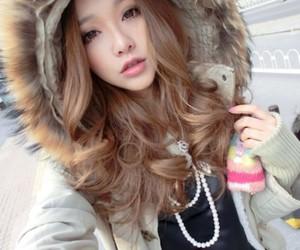 ulzzang, girl, and fashion image