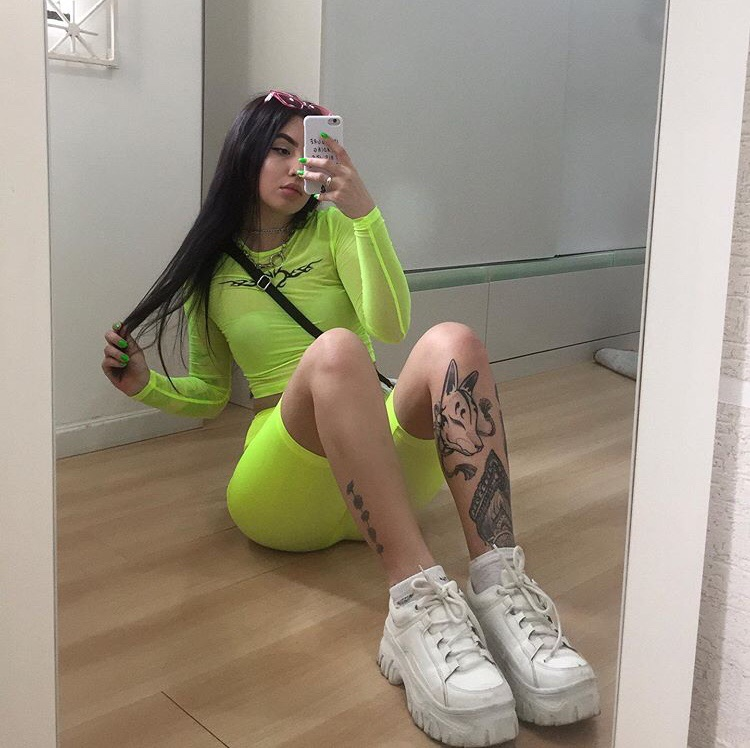 Image About Girl In Neon Green By Ligia On We Heart It