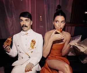 photoshop, pizza, and kendall jenner image