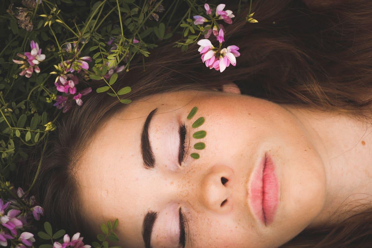 article, smooth skin, and natural skin image
