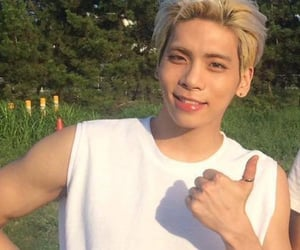 boy, handsome, and Jonghyun image
