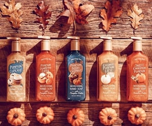 autumn, pumpkins, and bath and body works image