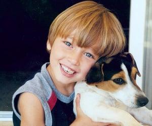 blue eyes, cachorro, and crianca image
