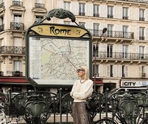 blonde, subway, and viagem image
