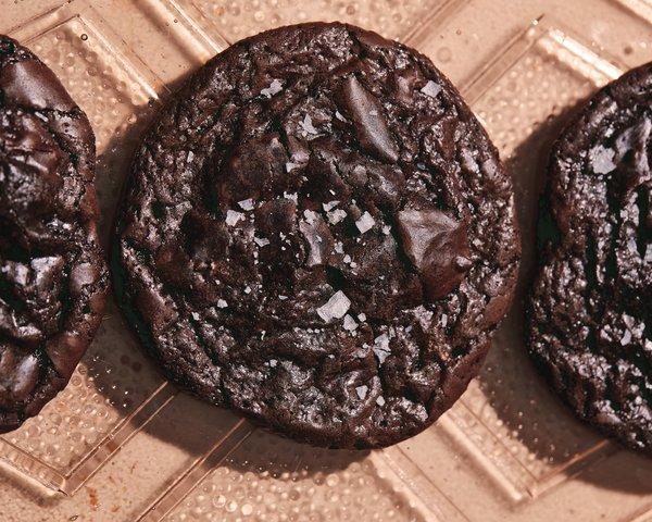 article, chocolate, and Cookies image