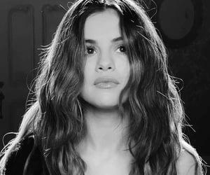 selena gomez, lose you to love me, and selena image