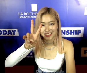 low quality, ryujin, and itzy image