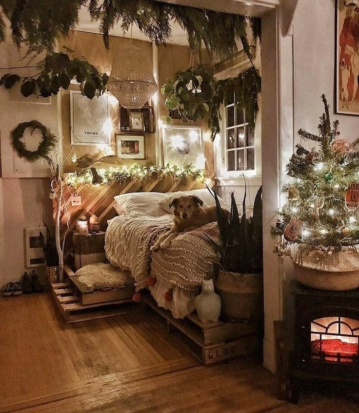 Aesthetic Cozy Christmas Bedroom Decor - Cozy Bedroom Ideas