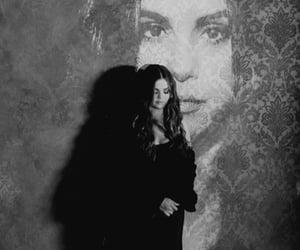 selena gomez, selenator, and lose you to love me image