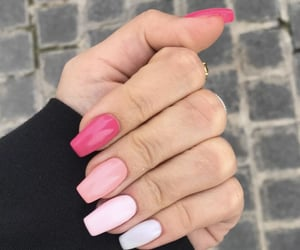 aesthetic, girly, and nails image