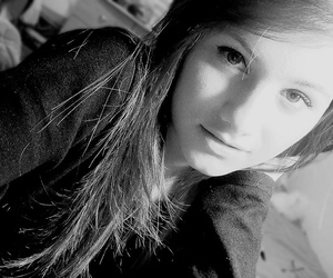 beautiful, black and white, and girl image