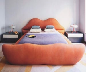 bed, interior, and lips image