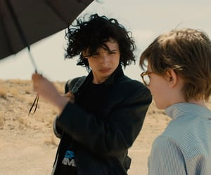 the goldfinch, finn wolfhard, and oakes fegley image
