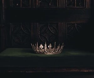 crown, aesthetic, and green image