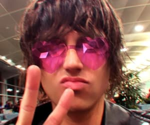 effect, glasses, and kellin quinn image