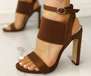 brown, chicme, and fashion image