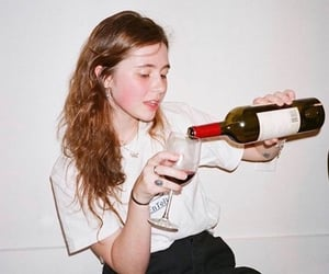 claire cottrill and clairo image