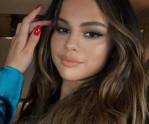 selena gomez, makeup, and look at her now image