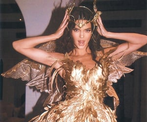 kendall jenner, Halloween, and gold image