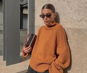 accesories, hairstyle, and street style image