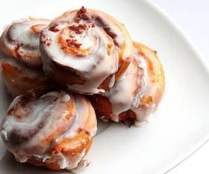 food, sweet, and cinnamon roll image
