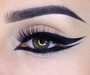 eye, eyeliner, and pretty image
