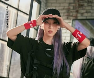 kpop, solar, and moonbyul image