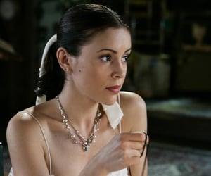 Alyssa Milano, charmed, and phoebe halliwell image