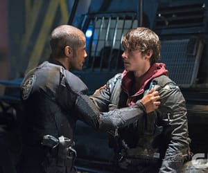 the cw, netflix, and the 100 image