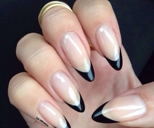black french tip nails image