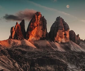 wallpaper and mountain image