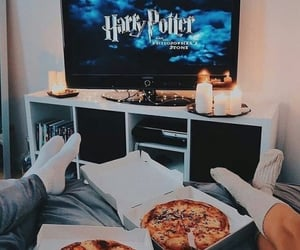 harry potter, couple, and pizza image