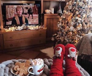 christmas, cozy, and home alone image