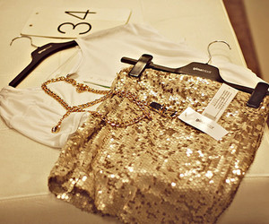 fashion, gold, and glitter image