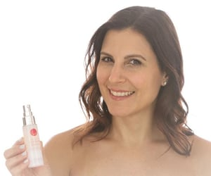 anti aging skin care and best anti aging products image