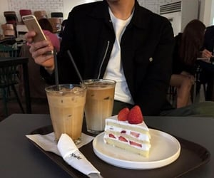 food, cake, and aesthetic image