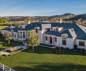 luxury home and luxury mansion image