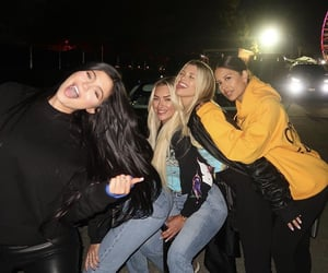 kylie jenner, friends, and girls image