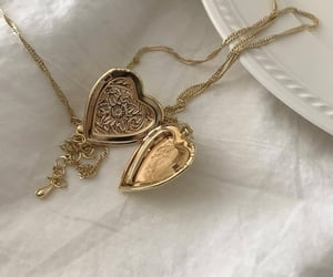 necklace, heart, and gold image